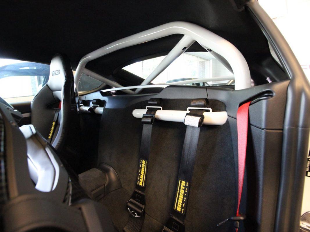 Porsche Cayman Bolt in Roll Bar