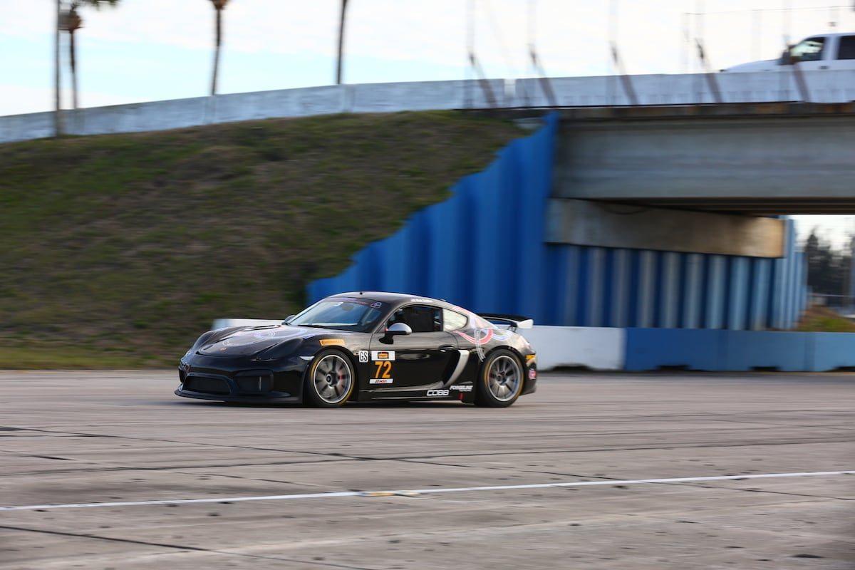 DeMan Motorsport Cayman GT4R 3